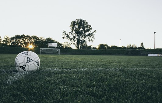 football-1486353__340