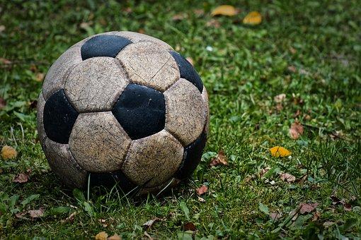 football-4382750__340
